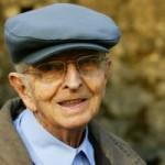 Magányos idős emberek segítése