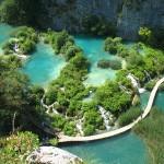 Utazzunk egy igazán gyönyörű helyre, a Plitvicei tavakhoz!